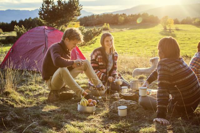 kamping-oprema-camp-ing
